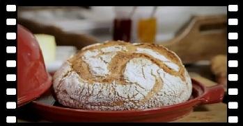 Klatka film Ceramiczny klosz do pieczenia chleba 2