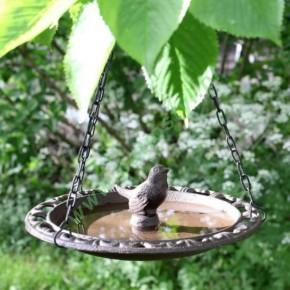 Poidełko dla ptaków żeliwne wiszące