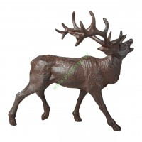 Żeliwna figurka jelenia